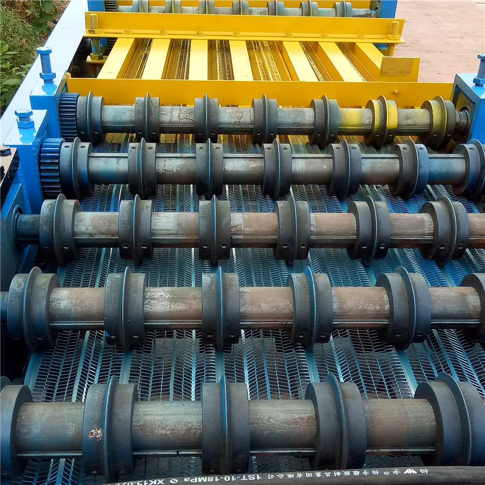 Building Materials Wire Mesh Making Machine Expanded Metal Mesh Rib Lath 2.2KW Power