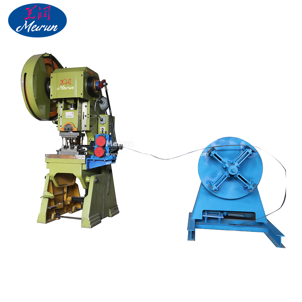 Razor Blade Barbed Wire Clips Making Machine