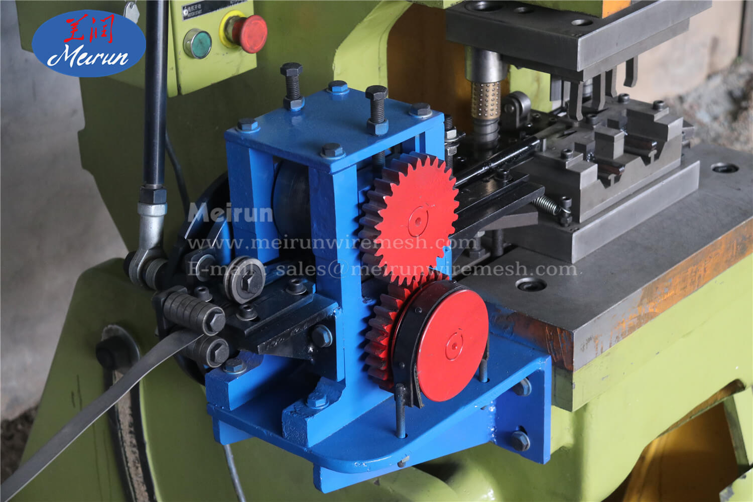 Razor Blade of Razor Wire Clip Making Machine